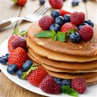 Healthy whole-wheat pancakes with fruit